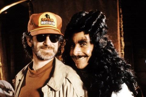 Spielberg and Dustin Hoffman on Hook