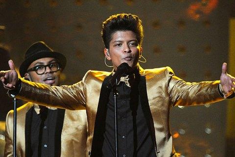 Bruno Mars, Grammys 2012