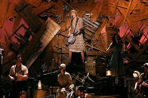 Taylor Swift, Grammys 2012