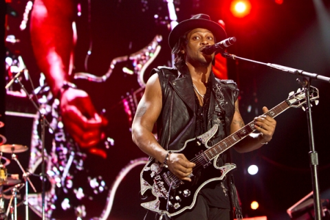 D'Angelo at 2012 Essence Music Festival