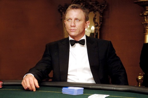 50-Bond-Boit-Casino-royale-23