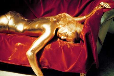 50-Bond-Gold-Goldfinger-39