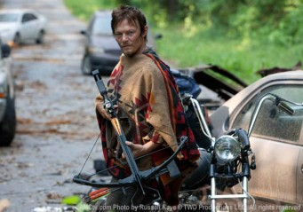 Daryl Dixon (Norman Reedus) in Season 3, Episode 5 of The Walking Dead