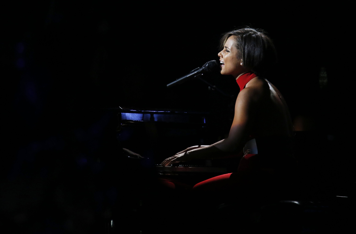 "Singer Alicia Keys performs during the ""12-12-12"" benefit concert for victims of Superstorm Sandy at Madison Square Garden in New York"