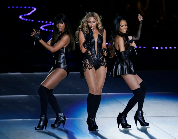 Beyonce performs with Kelly Rowland, left, and Michelle Williams, right, of Destiny's Child, during the halftime show of the NFL Super Bowl XLVII football game between the San Francisco 49ers and the Baltimore Ravens in New Orleans, Feb. 3, 2013.