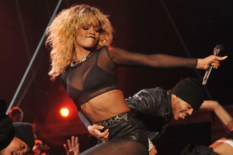 Image: Rihanna at the Grammys