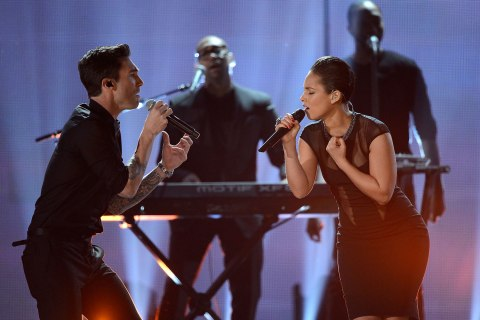 Grammy Performance - Maroon 5 & Alicia Keys