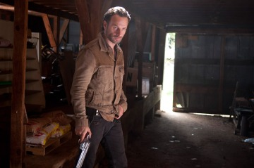 Andrew Lincoln as Rick Grimes in The Walking Dead, Season 3, Episode 13.