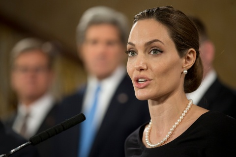 Angelina Jolie speaks at a news conference regarding sexual violence against women in conflict, at the Foreign Ministers G8 meeting in Lancaster House in London, on April 11, 2013.