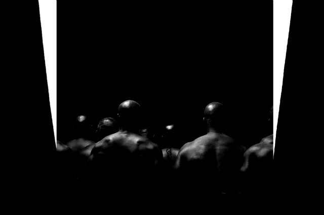 Kanye West Premieres New Interactive Video For Black Skinhead Time Com