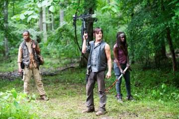 Bob (Lawrence Gilliard Jr.), Daryl Dixon (Norman Reedus) and Michonne (Danai Gurira) - The Walking Dead _ Season 4, Episode 3 - Photo Credit: Gene Page/AMC