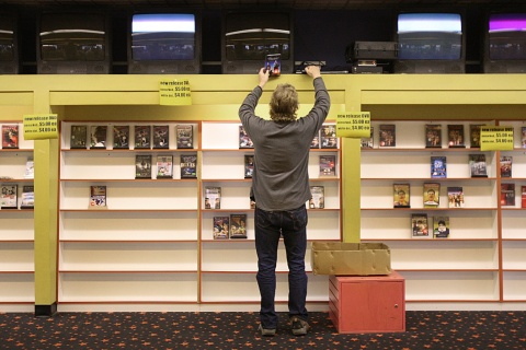 Independent Video Store Rental Is Closing