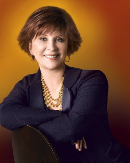 Janet Evanovich - author photo