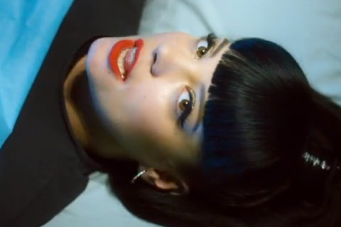 Lily Allen - Hard Out Here - video